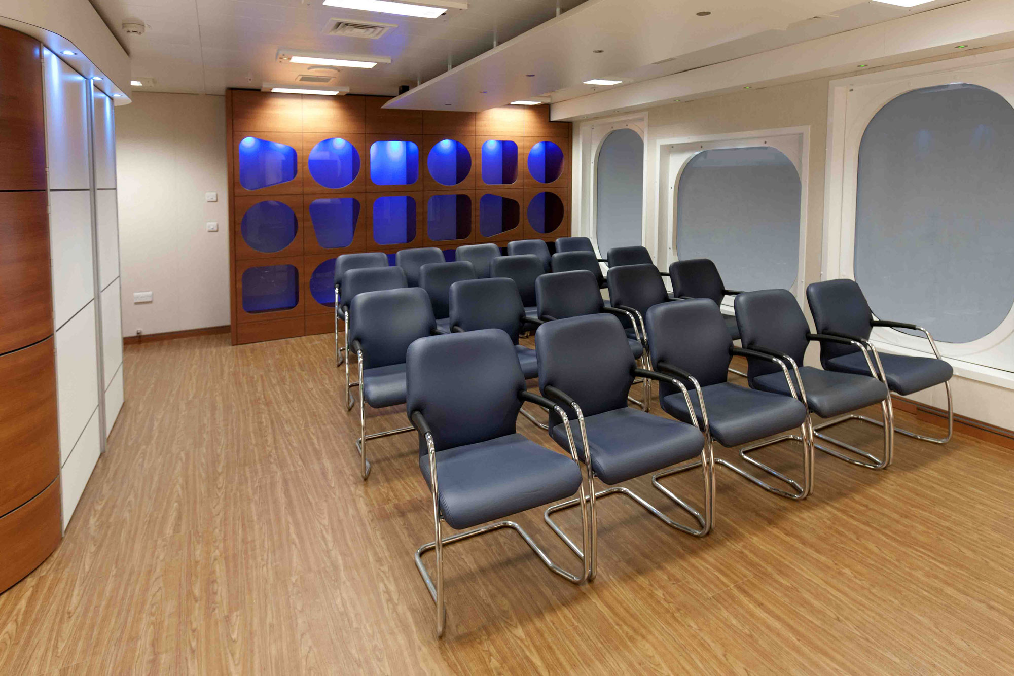 Office Areas, Receptions, Control Rooms & Heli Admin Lounges Second